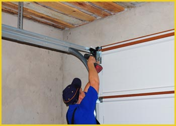 SOS Garage Door Pearland, TX 281-758-8470